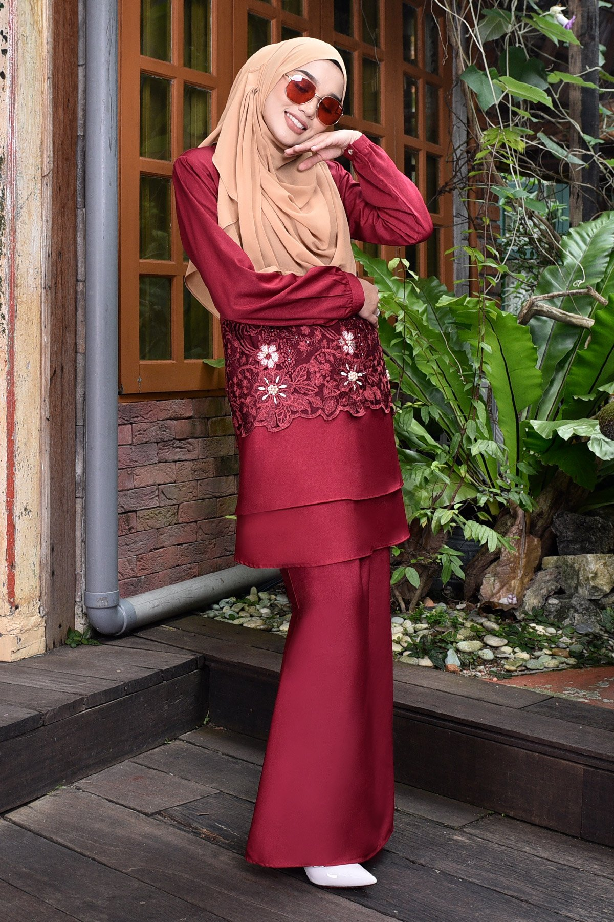 Baju Kurung Lace 3d Pearl Yasmine Merlin Maroon