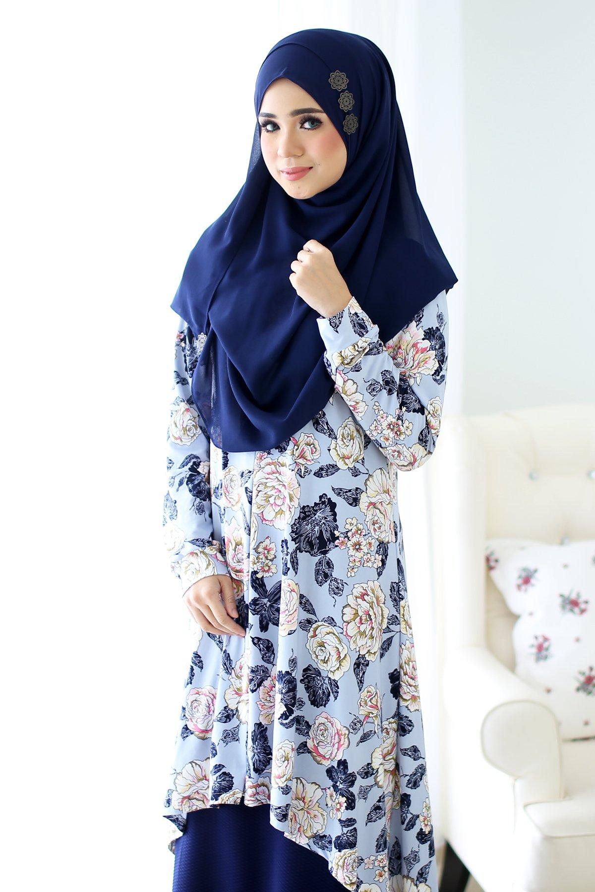 79d0c52e07e8bf Tunic Fishtail Edna Roses – Cerulean Blue – MuslimahClothing.Com ...